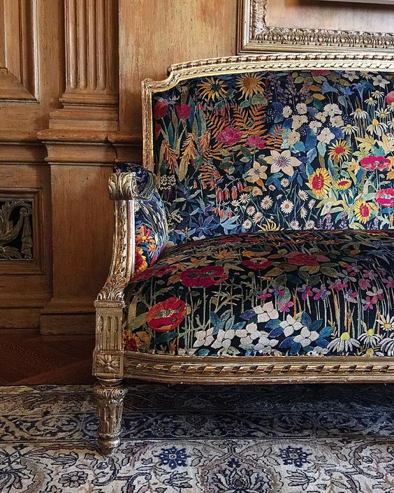 Small Scale Sofa Chaise