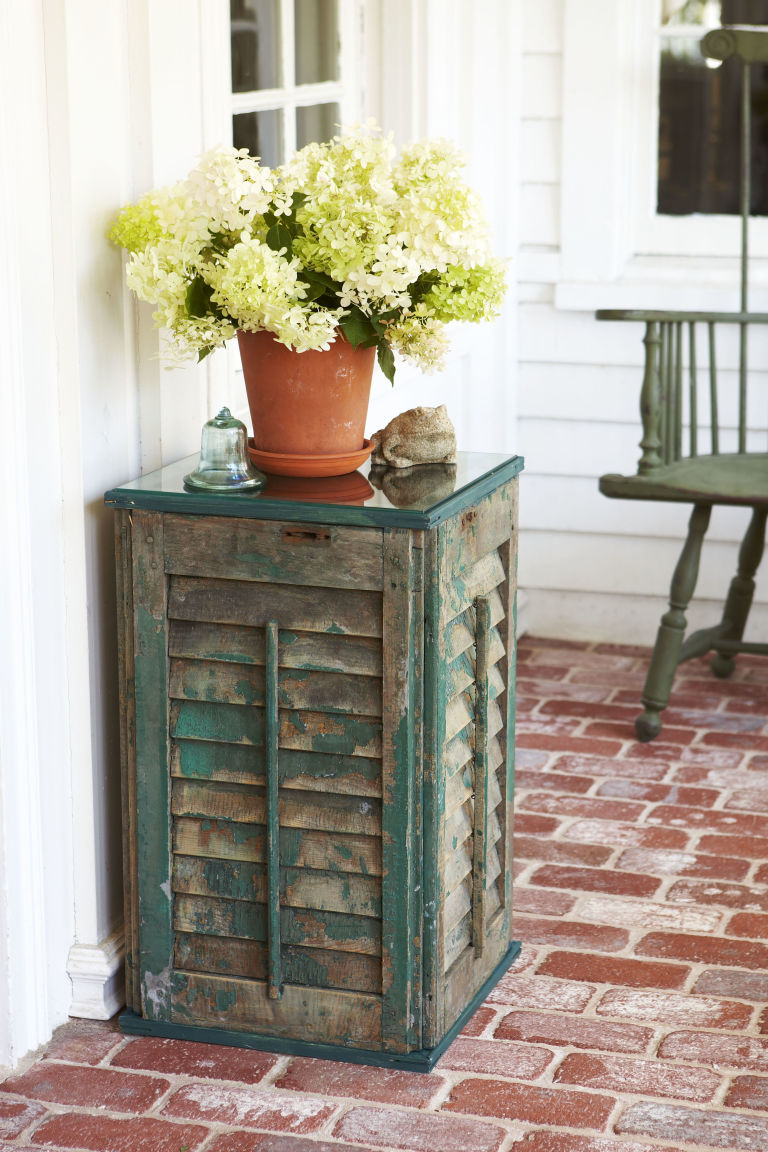 12 Diy Shutter Furniture Items To Make Right Now Shelterness