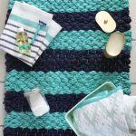 8 Diy Bathroom Mats Of Fabric And Yarn Shelterness