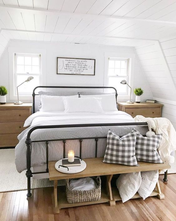 15 chic and comfy bedroom benches