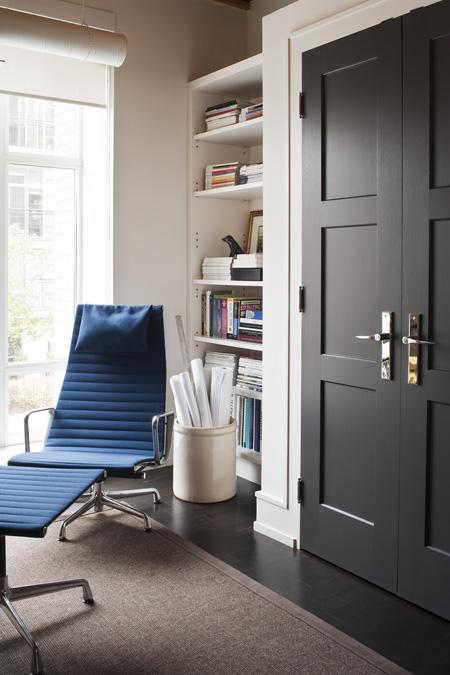 25 Ideas To Use Black Interior Doors Shelterness
