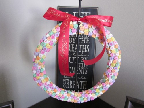 10 Cool DIY Valentines Day Wreaths Shelterness