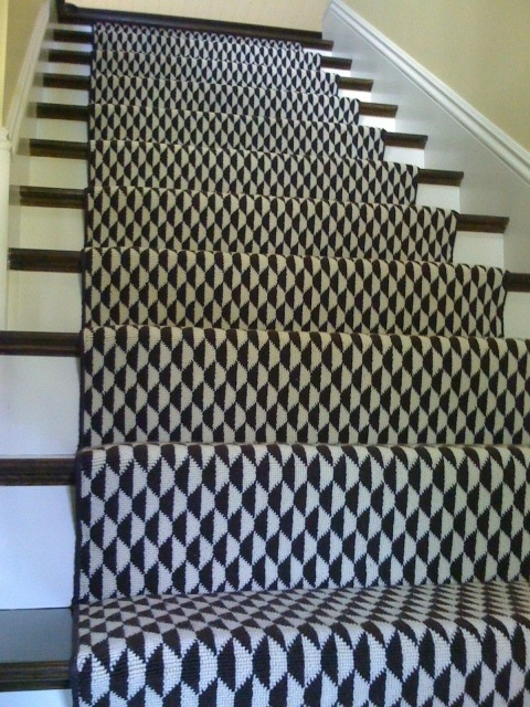 43 Cool Carpet Runners For Stairs To Make Your Life Safer | Grey Patterned Stair Carpet | Teal | Black | Farmhouse Style | Stair Landing | Wall