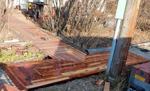 Diy Reclaimed Wood Walkway Shelterness