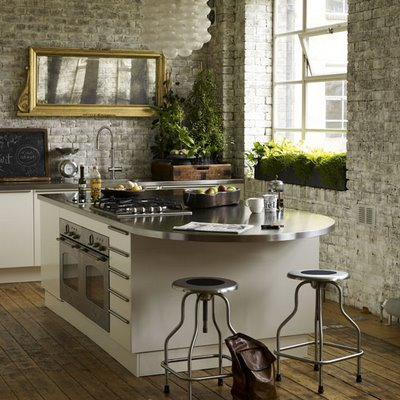 Whitewashing brick walls is also allowed in industrial decorating