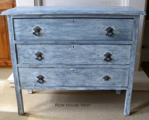 7 Whitewashed Furniture DIYs For Distressed Dcor Shelterness