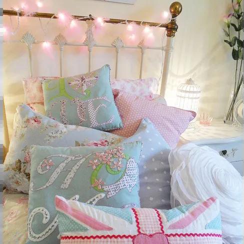 bedroom fairy light ideas from vintage