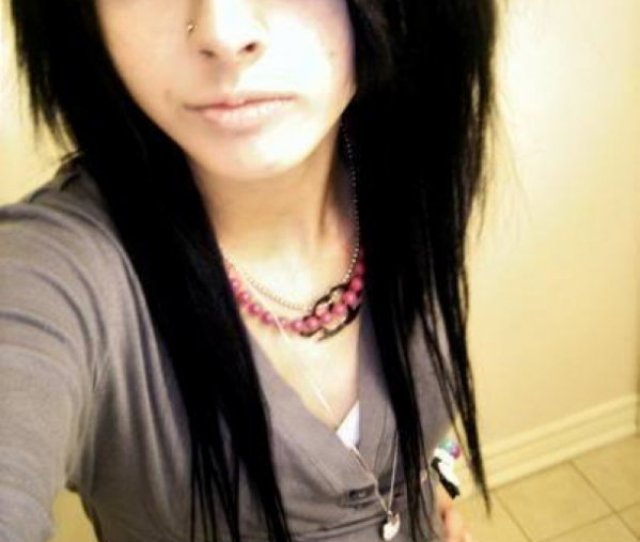 Emo Girls Pictures Pretty Emo Girls Short Emo Hairstyles Photos Emo Hairstyles For Girls