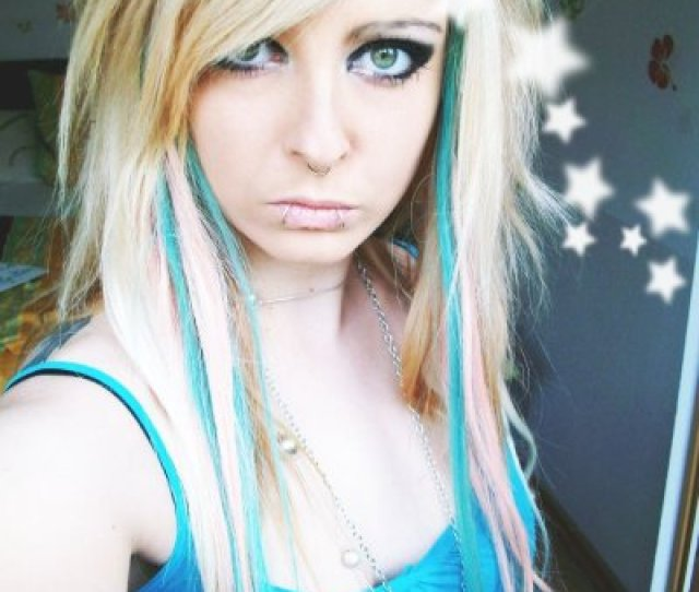 Blonde Blue Emo Scene Hair Style For Girls