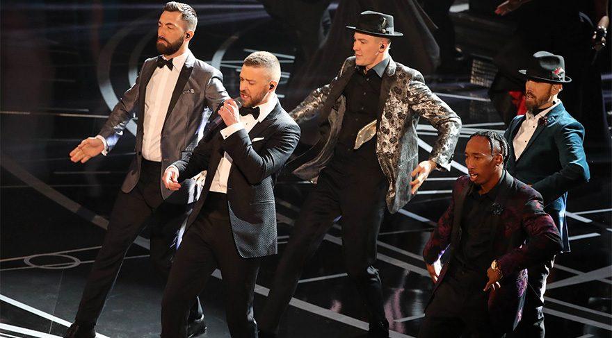 Açılış Justin Timberlake'ten...