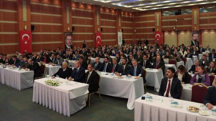 İstanbul'da sürpriz AKP zirvesi