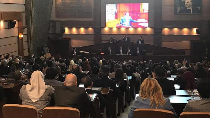 Son dakika... İBB Meclisi'nde İmamoğlu vaatleri bir bir kabul edildi