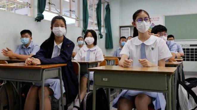 Delta varyantı gölgesinde eğitim… Dünyada okullar nasıl açılıyor: Sınıfta konuşmak yasak, yemekler evden