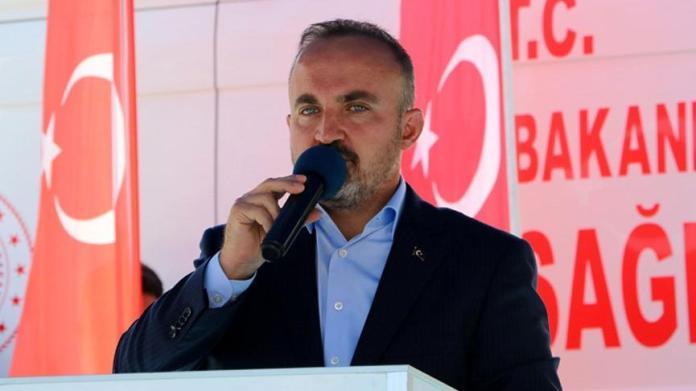 AKP'li Bülent Turan: Muhalefet başka, ihanet başka