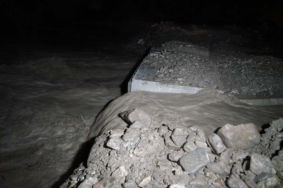 Kastamonu'yu yine sel vurdu, bazı köylere ulaşım kesildi