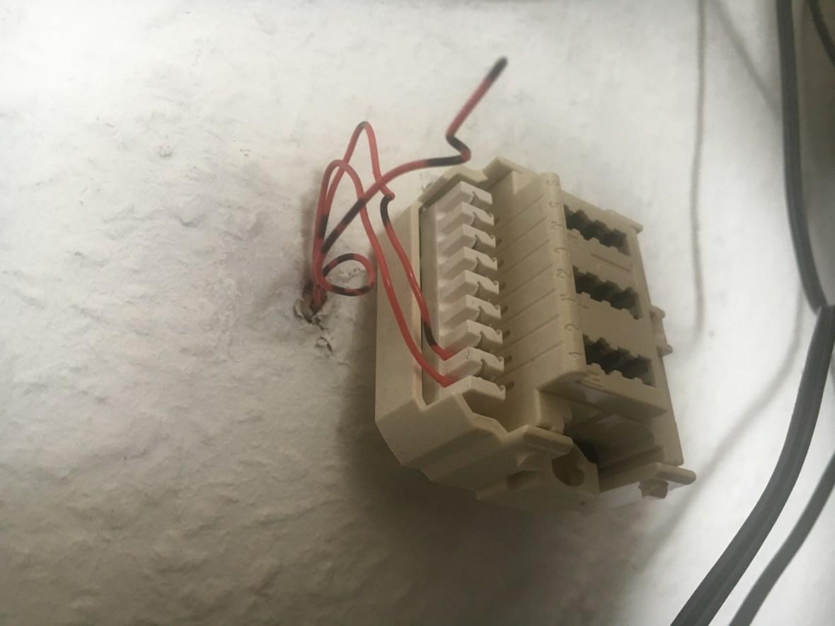 Splitter socket