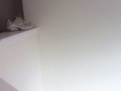 walls - How can I tell if I have rock or wood lath plaster ...