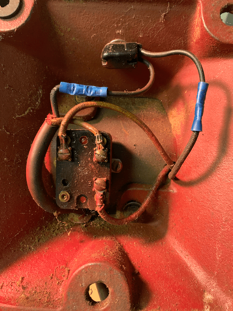 what is this component wired into a bench grinder motor
