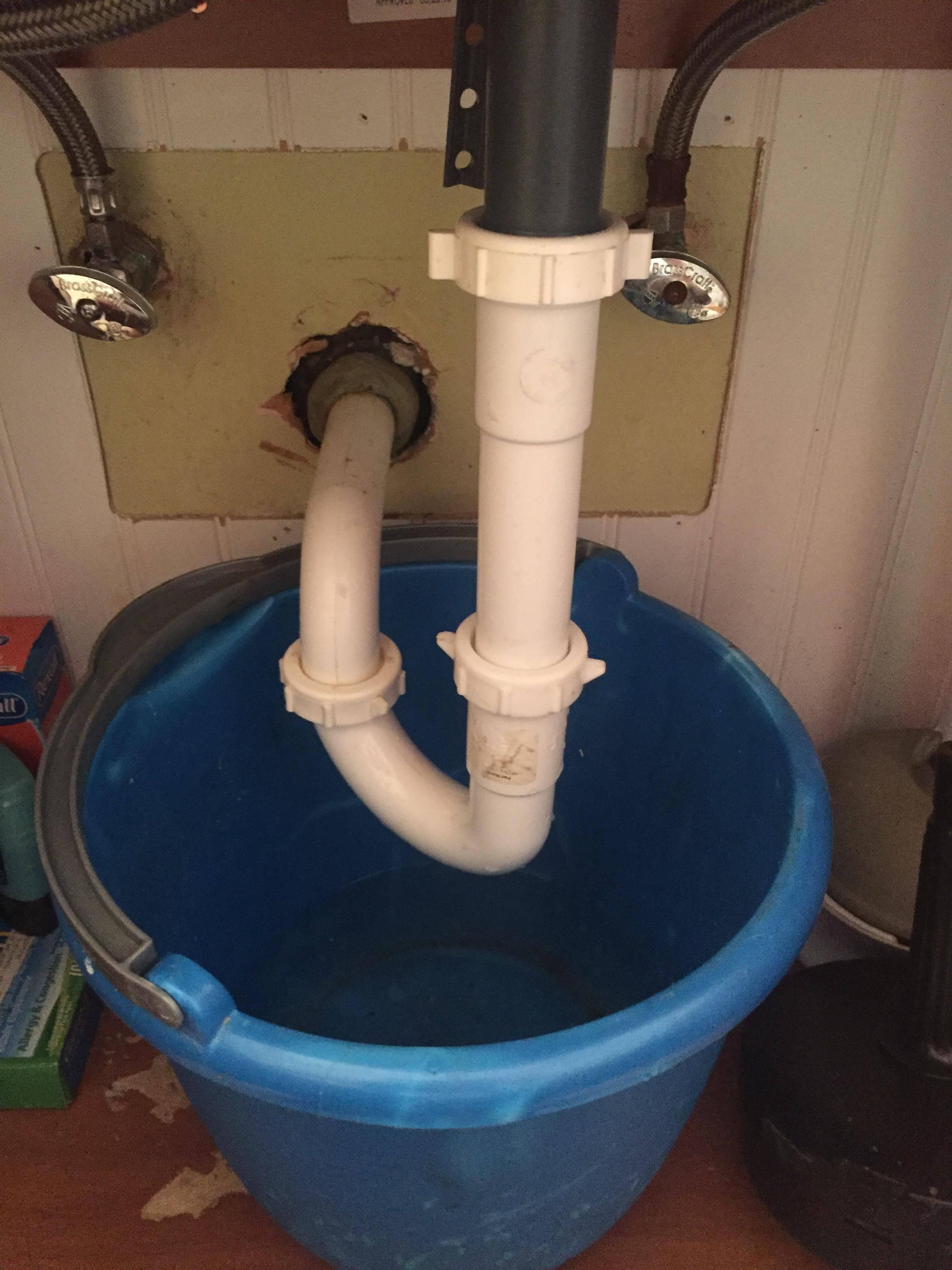bathroom sink won t drain home