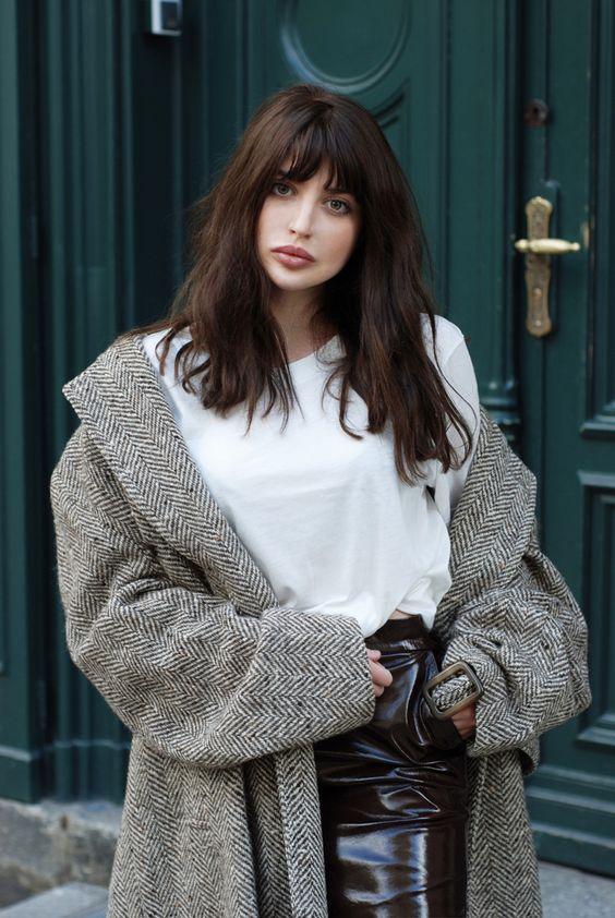 28 Most Chic Dark Hair Ideas To Try Styleoholic