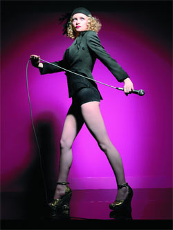 https://i2.wp.com/i.timeinc.net/time/europe/magazine/2005/0829/goldfrapp.jpg