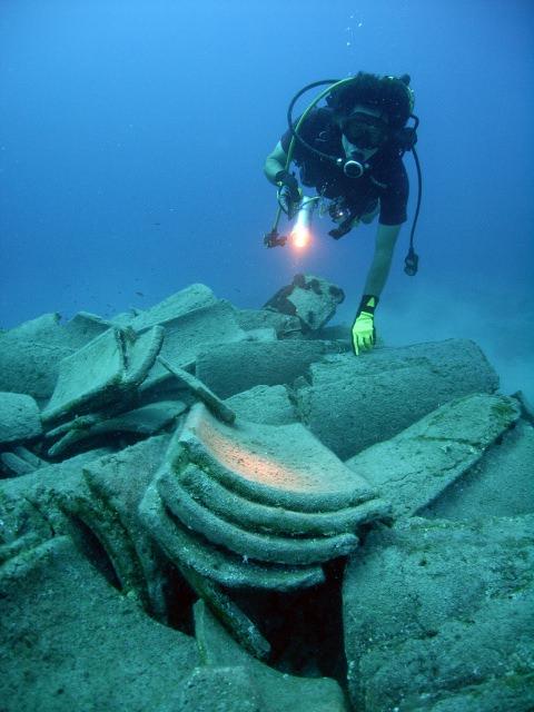 4,000 year-old shipwreck belonging to Minoans found in Turkey