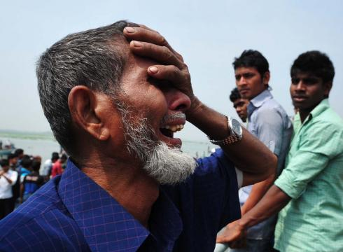 https://i2.wp.com/i.usatoday.net/news/_photos/2012/03/13/31-dead-in-Bangladesh-ferry-crash-3L14SBFF-x-large.jpg