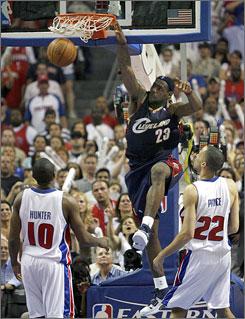 https://i2.wp.com/i.usatoday.net/sports/_photos/2007/05/31/lebronx.jpg