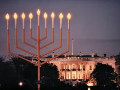 https://i2.wp.com/i.usatoday.net/yourlife/_photos/2011/12/15/Hanukkah-celebrates-tradition-C6NAUJT-x.jpg