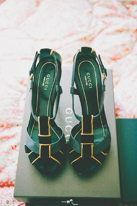 emerald and gold Gucci wedding  shoes for a trendy and elegant bride
