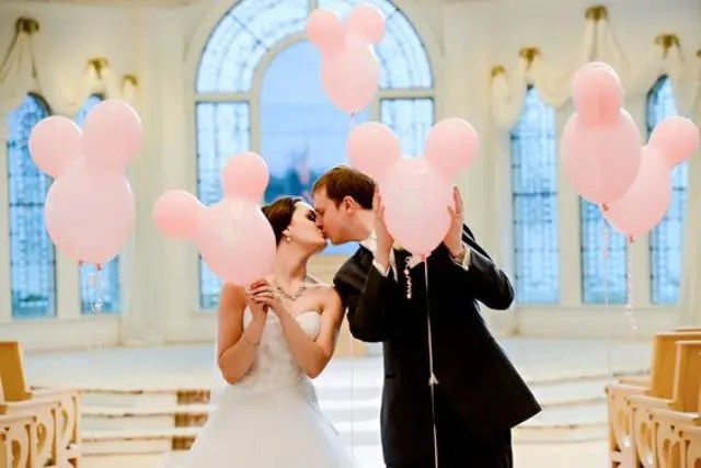 pink Mickey Mouse head balloons to decorate your ceremony and reception space
