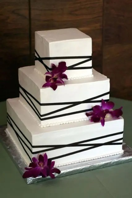 Picture Of Gorgeous Square Wedding Cake Ideas 11