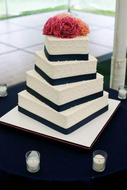 30 Gorgeous Square Wedding Cake Ideas Weddingomania
