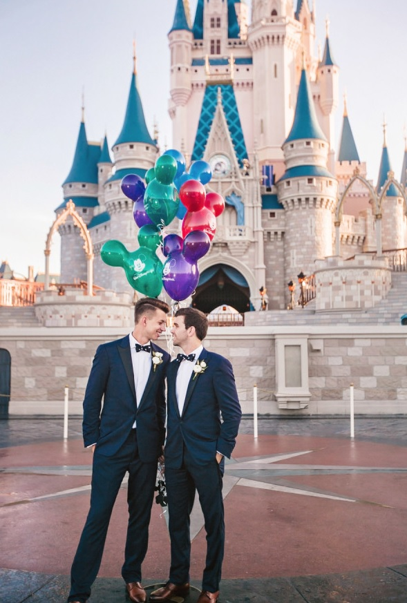 Disneyland as a place for the wedding cermemony, portraits and reception and Mickey Mouse balloons instead of bouquets