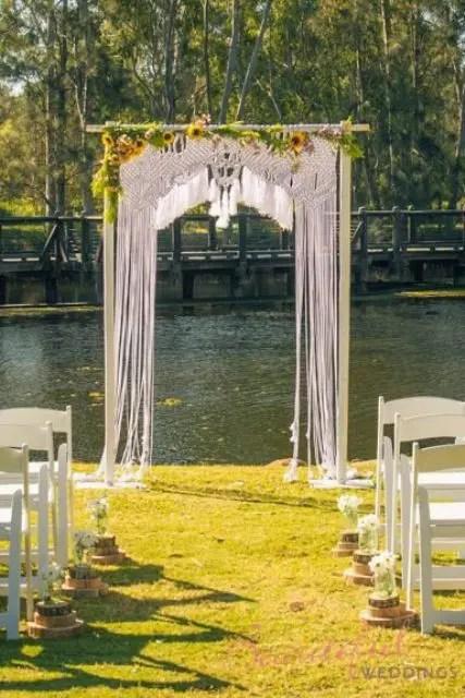 21 Macrame Knotted Dcor Ideas For Boho Chic Weddings