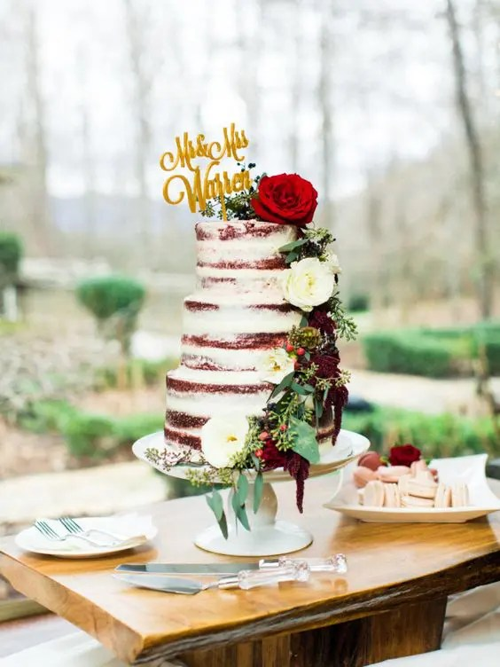 fall wedding cake with flowers and greenery
