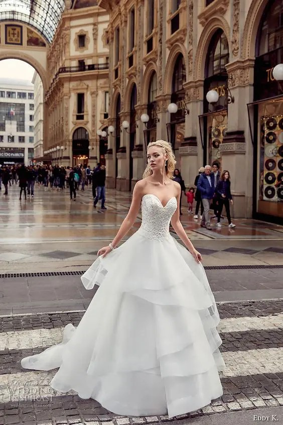 Picture Of Lace Embellished Bodice And A Layered Tulle Skirt