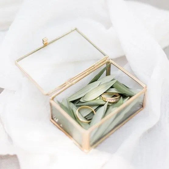 34 Cutest Wedding Ring Boxes To Get Inspired Weddingomania