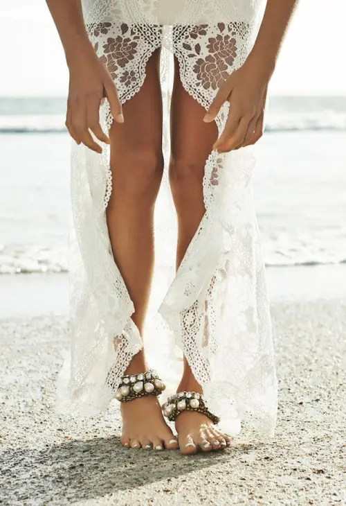 romantic boho anklets of chain and large rhinestones and pearls for a romantic beach or desert bride