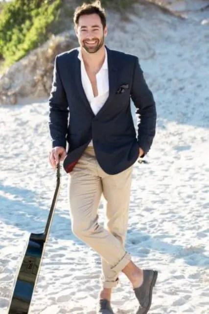 25 Stylish Beach Groom Looks That Inspire