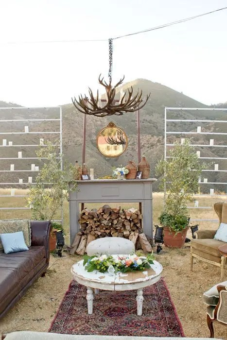 Cool Outdoor Wedding Lounge Tips And Ideas