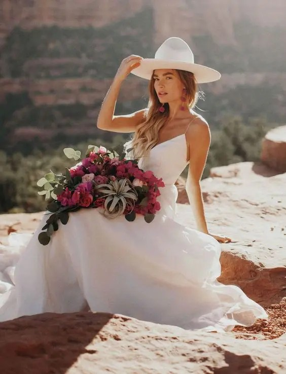 24 Edgy Ways To Rock A Hat At Your Wedding | Plain Hats