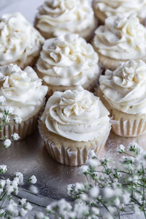 vegan gluten-free vanilla cupcakes topped with edible silver glitter is a cute idea for a vegan wedding