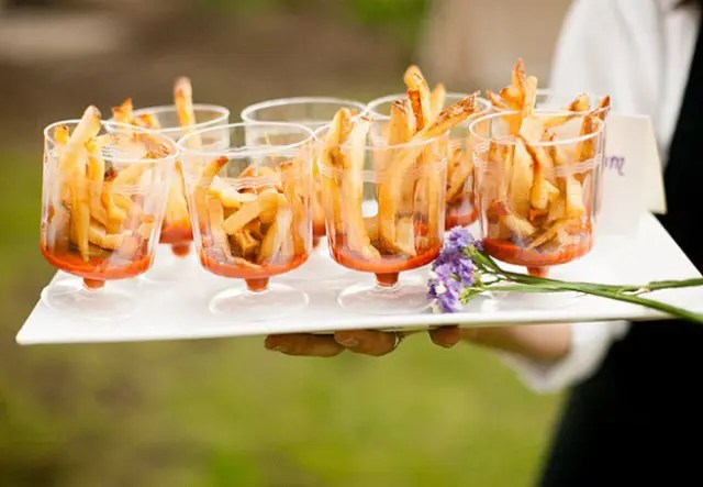 Picture Of Tasty Wedding Snack Ideas 19