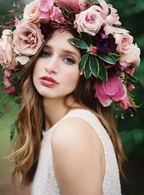 30 Gorgeous Oversized Bridal Hair Flowers Ideas