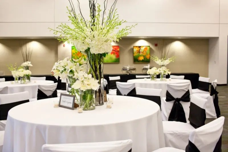 Picture Of White Tablecloths, White Chair Covers And Blakc