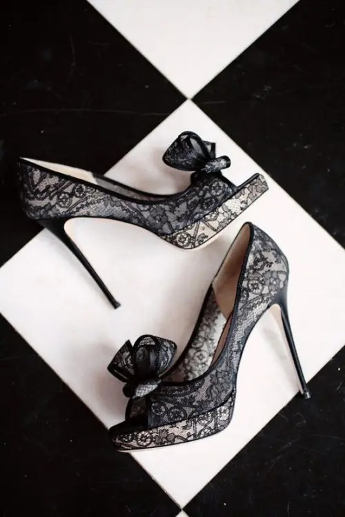 black lace wedding shoes with bows are a flirty and playful idea