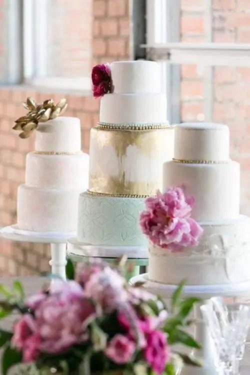 How To Display Multiple Wedding Cakes 27 Amazing Ideas