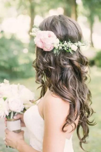 37 Incredibly Beautiful Boho Chic Bridal Hair Ideas