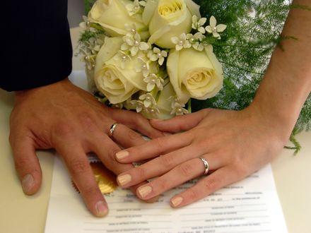 Pod względem psychologicznym małżeństwo jest lepsze!